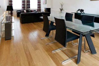 simplifier l 39 entretien des parquets cmp bois. Black Bedroom Furniture Sets. Home Design Ideas