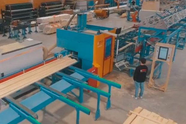Hundegger fabrication automatisée charpente ossature fermette